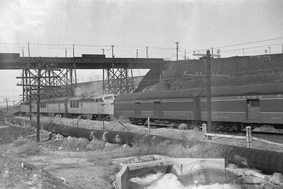 UP_FM_Erie-with-train_Smelter_Apr-4-1949_Emil-Albrecht-photo-0289-rescan