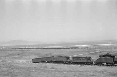 UP_Local_Passing-smelter_Apr-1949_002_Emil-Albrecht-photo-0289-rescan
