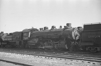 UP_2-8-2_2562_Pocatello-dead-line_Aug-25-1949_Emil-Albrecht-photo-0293-rescan