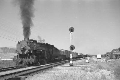 UP_2-10-2_5515-with-train_near-McCammon_Aug-26-1949_002_Emil-Albrecht-photo-0295-rescan