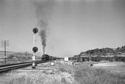 UP_2-10-2_5515-with-train_near-McCammon_Aug-26-1949_001_Emil-Albrecht-photo-0295-rescan