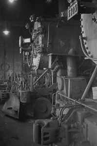 UP_Cache-Jct-enginehouse-interior_Mar-6-1949_002_Emil-Albrecht-photo-0283-rescan