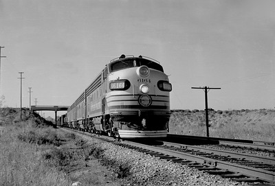 SP_F7_6164-with-train_West-Ogden_Oct-25-1949_001_Emil-Albrecht-photo-0298-rescan