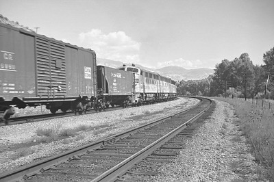 UP_F7_1458-with-train_Mountain-Green_Sep-1949_002_Emil-Albrecht-photo-0297-rescan
