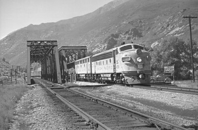 UP_F7_1458-with-train_Mountain-Green_Sep-1949_001_Emil-Albrecht-photo-0297-rescan