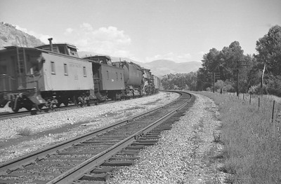 UP_F7_1458-with-train_Mountain-Green_Sep-1949_004_Emil-Albrecht-photo-0297-rescan