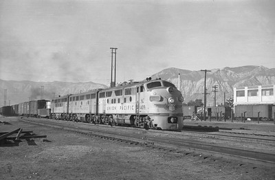 UP_F3_1409-with-train_Ogden_August-5-1950_001_Emil-Albrecht-photo-0271-rescan