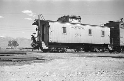 UP_4-6-6-4_3826-with-train_Cache-Jct_June-1950_004_Emil-Albrecht-photo-0270-rescan