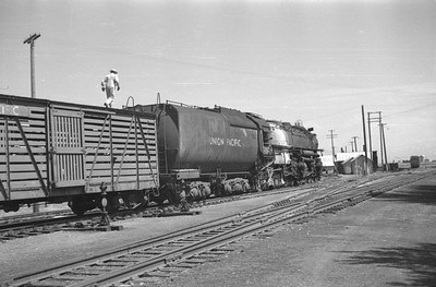 UP_4-6-6-4_3826-with-train_Cache-Jct_June-1950_003_Emil-Albrecht-photo-0270-rescan