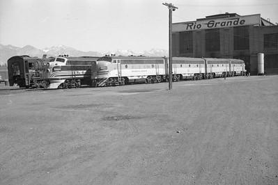 D&RGW-Salt-Lake-City-shops_June-25-1950_012_Emil-Albrecht-photo-0269-rescan