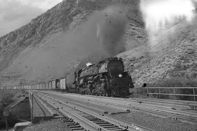 UP_4-6-6-4_3997-with-train_Devils-Slide_Aug-25-1951_Emil-Albrecht-photo-0276-rescan