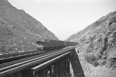 UP_4-8-8-4_4011-with-train_Gateway_Aug-25-1951_004_Emil-Albrecht-photo-0278-rescan