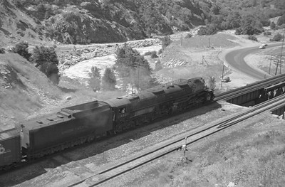 UP_4-8-8-4_4021-with-train_Gateway_Aug-25-1951_002_Emil-Albrecht-photo-0278-rescan