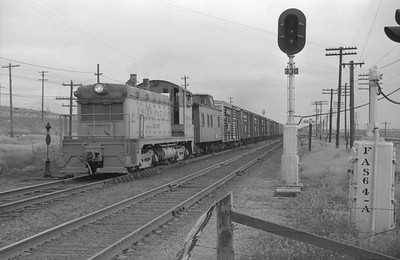 UP_NW2_1005-with-train_Becks_June-3-1951_001_Emil-Albrecht-photo-0275-rescan