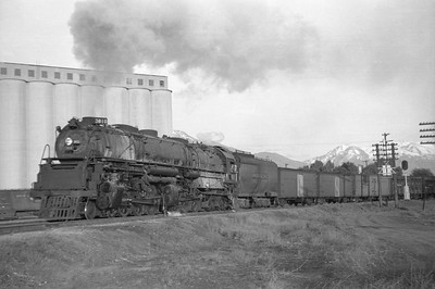 UP_4-6-6-4_3810-with-train_Ogden_May-14-1951_001_Emil-Albrecht-photo-0274-rescan