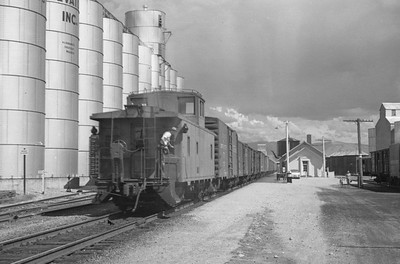 UP_4-6-6-4_3838-with-train_Soda-Springs_Aug-26-1952_003_Emil-Albrecht-photo-0279-rescan