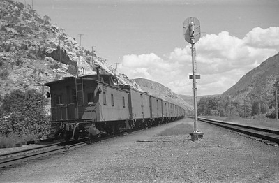 UP-train_Taggart_Aug-26-1953_003_Emil-Albrecht-photo-0312