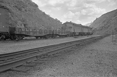UP-train_Gateway-Utah_Aug-26-1953_001_Emil-Albrecht-photo-0312