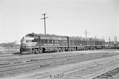 SP_F7_6397-engine-set_Ogden_Aug-26-1953_001_Emil-Albrecht-photo-0313