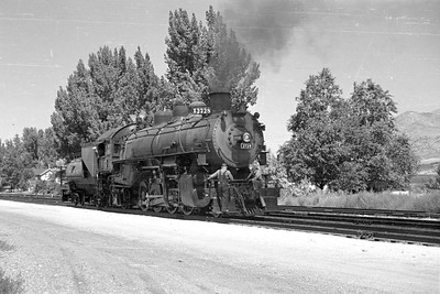 UP_2-8-2_2728-with-train_McCammon_Aug-22-1953_003_Emil-Albrecht-photo-0305