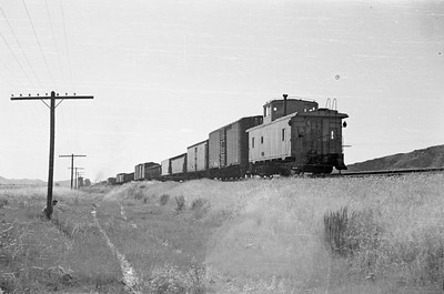 UP_2-10-2_5509-with-train_near-Bancroft_Aug-22-1953_003_Emil-Albrecht-photo-0305