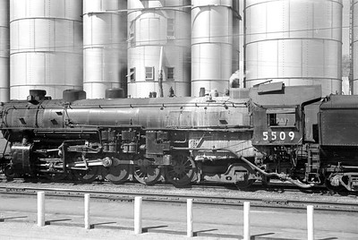 UP_2-10-2_5509-with-train_Soda-Springs_Aug-22-1953_002_Emil-Albrecht-photo-0305