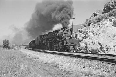 UP_4-8-8-4_4017-with-train_near-Echo_Jun-21-1953_001_Emil-Albrecht-photo-0304-rescan