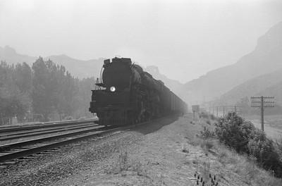 UP_4-6-6-4_3964-with-train_Devils-Slide_Jun-21-1953_001_Emil-Albrecht-photo-0304-rescan
