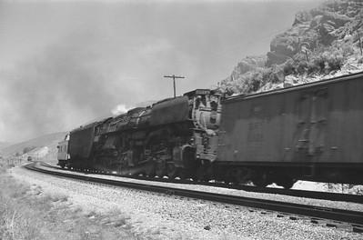 UP_4-8-8-4_4017-with-train_near-Echo_Jun-21-1953_004_Emil-Albrecht-photo-0304-rescan