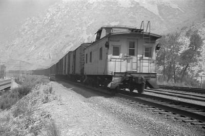 UP_4-6-6-4_3964-with-train_Devils-Slide_Jun-21-1953_004_Emil-Albrecht-photo-0304-rescan