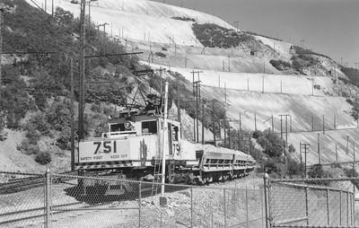Kennecott_751-with-train_Bingham_Aug-29-1962_Emil-Albrecht-photo-5x7