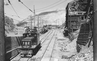 Kennecott_762_Bingham_Aug-1957_002_Emil-Albrecht-photo-5x7