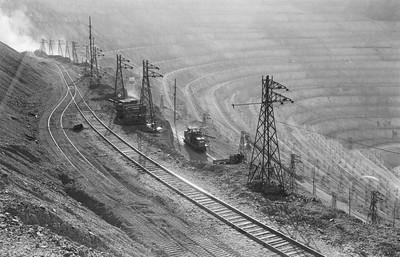 Kennecott_805_Bingham_Aug-31-1956_002_Emil-Albrecht-photo-5x7