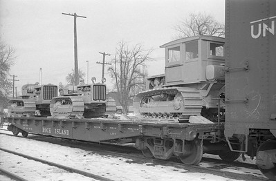 Caterpillar-flat-car-load_Logan_no-date_001_Emil-Albrecht-photo-0407