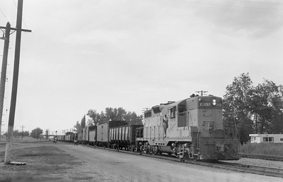 UP_GP9_159-with-train_McCammon_1957_Emil-Albrecht-photo-5x7