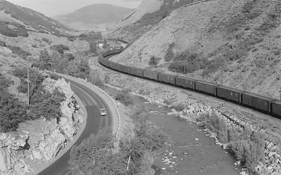 UP_GP9s-with-train_Gateway_Jul-30-1960_Emil-Albrecht-photo-5x7