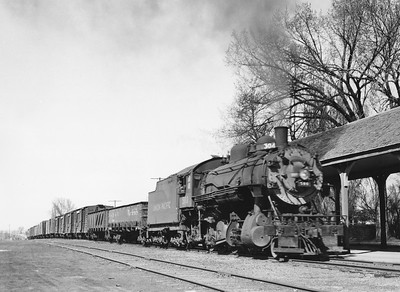 UP_2-8-0_580-with-train_Logan_Apr-12-1947_001_Emil-Albrecht-photo-11x14