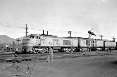 UP_GTE_3-with-train_Ogden_Aug-21-1959_002_Emil-Albrecht-photo