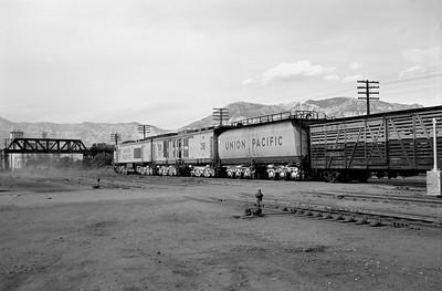UP_GTE_3-with-train_Ogden_Aug-21-1959_003_Emil-Albrecht-photo