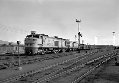 UP_GTE_3-with-train_Ogden_Aug-21-1959_001_Emil-Albrecht-photo