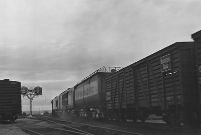 UP_GTE-with-train_Evanston_Emil-Albrecht-photo-5x7
