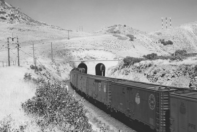 UP_GTE-with-train_near-Devils-Slide-Utah_Aug-23-1962_Emil-Albrecht-photo-5x7