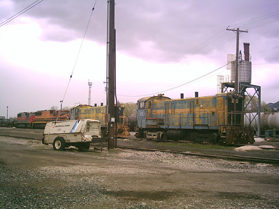 Geneva Steel 23 and 24, at UP's Provo yard, April 13, 2009