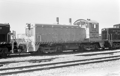 usn-65-00035-left_hill-afb-ut_1982-09-23_don-strack-photo
