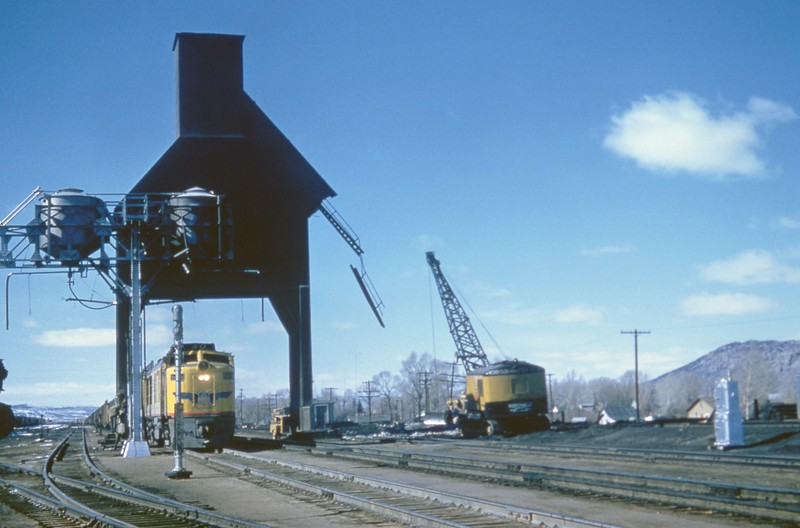 Evanston-Coaling-Tower_March-11-1959_002_Jack-Pfeifer-photo_070