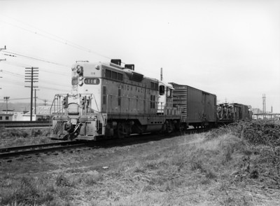 up-118_GP7_with-train_seattle_circa-1960_jim-shaw-photo
