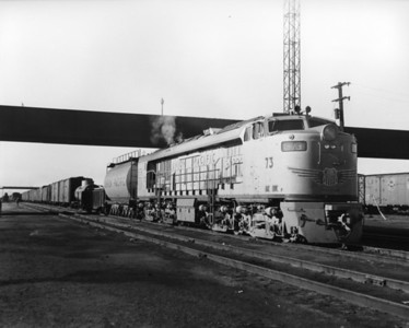 up-73_GTEL_with-train_laramie-wyoming_aug-1957_jim-shaw-photo