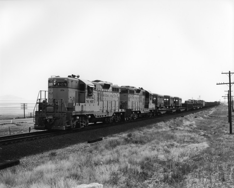 up-276_GP9_with-train_garfield-utah_aug-1956_jim-shaw-photo