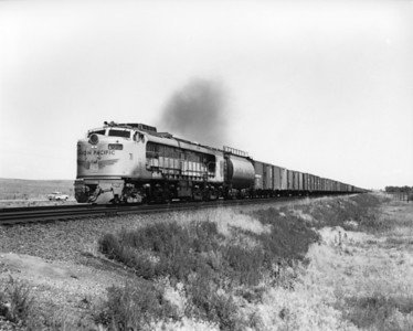 up-71_GTEL_with-train_north-platte-neb_aug-1957_jim-shaw-photo