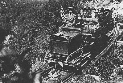 Alta-Jitney_at-Devils-Elbow_1927_Elbert-Despain-photo